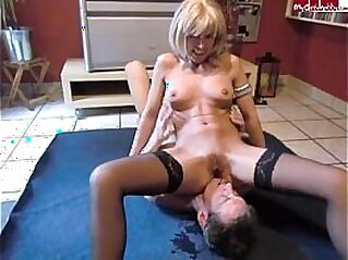 Milf pee on slave   amateur domination fetish licking